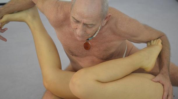 Andro bei einer Massage in Berlin